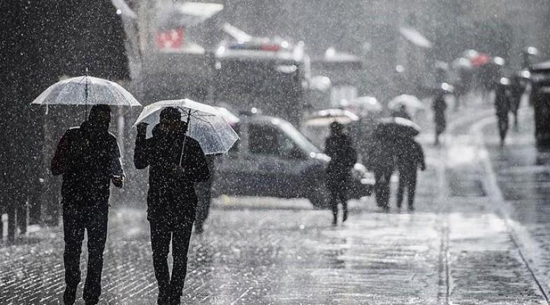 İstanbul için sert sağanak bekleniyor