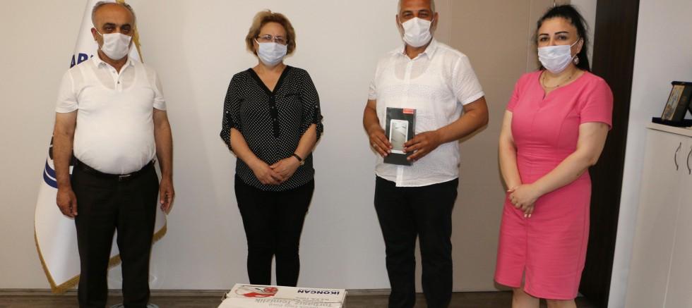 Kartal Belediyesi'nden En Çok Atık Yağ Toplayan 3 Muhtara Ödül