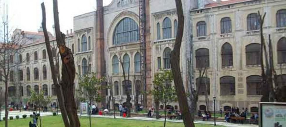 Marmara Üniversitesi'nde skandal final soruları