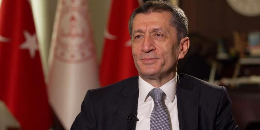 Okullar açılacak mı? Milli Eğitim Bakanı Ziya Selçuk'tan flaş açıklama